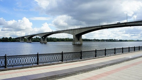 Октябрьский мост в Ярославле будет открыт для машин только 1 декабря.